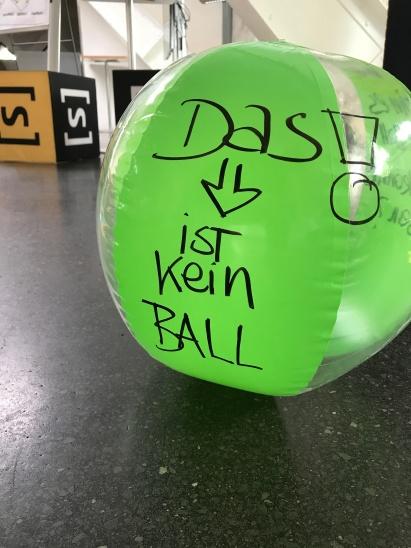 kein Ball